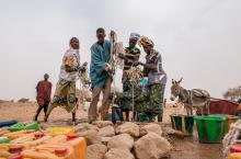 Fetching water in Sahel Burkina Faso