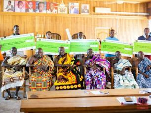 ANAM award winners together with the traditional leaders of the Kenyasi area