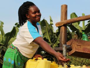 Harriet Burungu, water user, Kabarole District, Uganda